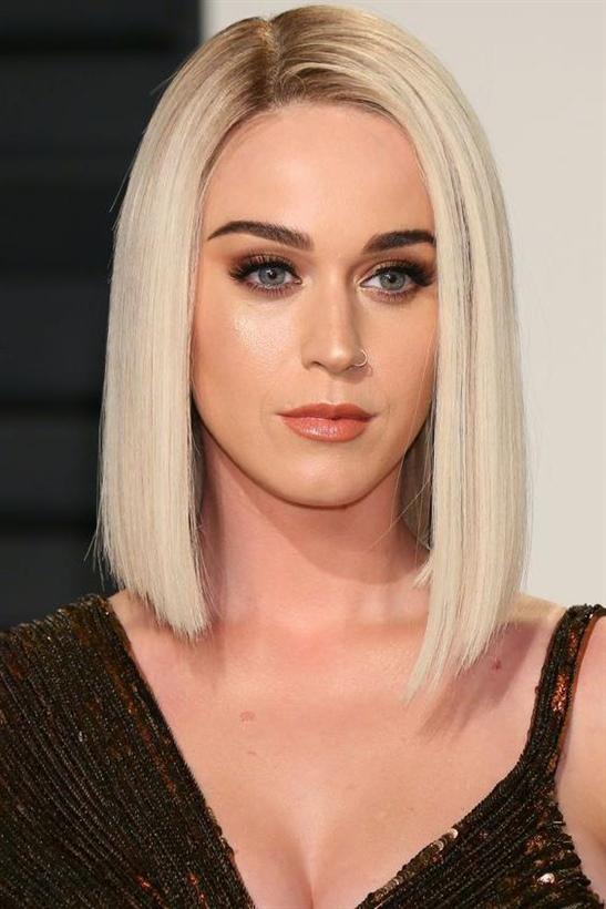 Bob Frisuren Mittellange Pony Ideen  Bob-Schnitte werden auch von Prominenten verwendet. Katy Perry sieht in diesem Schnitt ziemlich sexy und attraktiv aus, was eine sehr gute Idee ist.