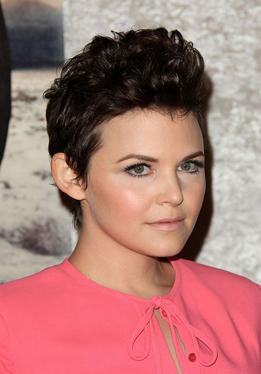 Hairstyles for Round Faces and Hawk Style  As we all know by now, the best round face haircut is one that adds height and has a lengthening effect on the face. And Ginnifer Goodwin's fauxhawk does just that. She transformed her cute pixie into a fake fauxhawk with some hair gel and a comb.