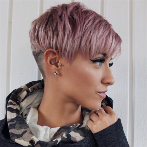 Pixie Haircut for Round Faces  The pixie trend hairstyle really suits any woman, because longer hair gently contours her facial features. A definite on-trend cut - we show you the many variants of the pixie cut in our gallery as an inspiration for the hairdresser's next visit. It will look great when combined with shades of pink.