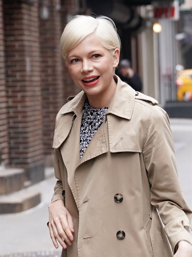 Pixie Hairstyles Michelle Williams  Actress Michelle Williams is also a fan of the short hairstyle and has already wore the pixie cut in numerous variations - here in light blonde with relatively long top hair.
