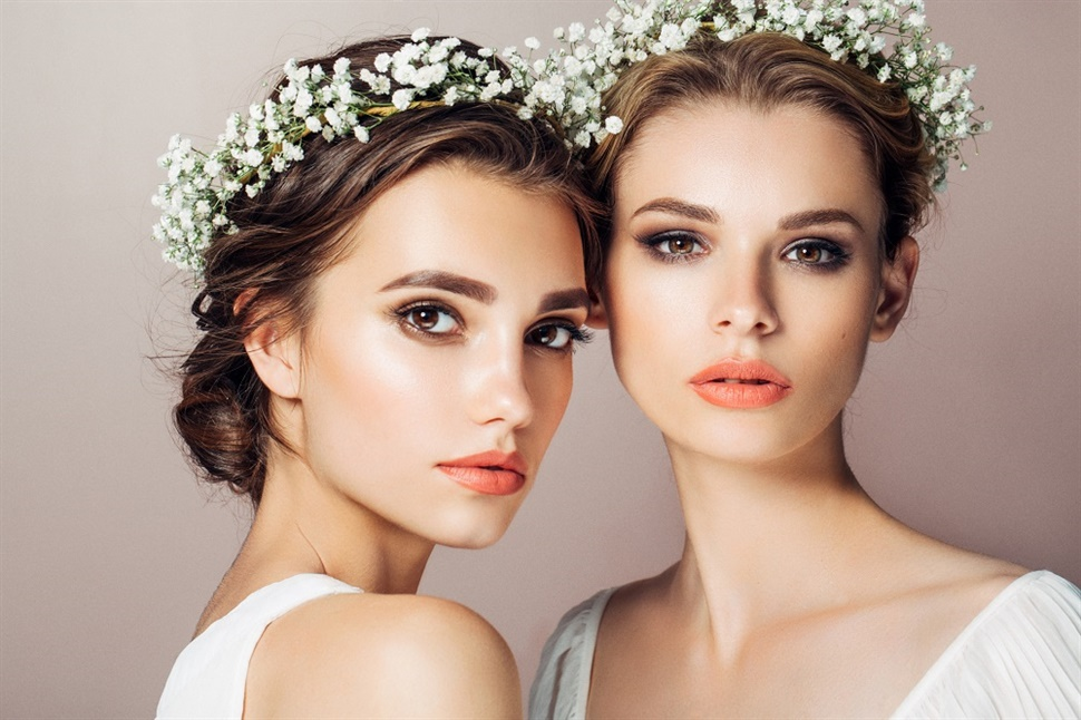 Wedding Hairstyles Flower Crown  An indispensable part of a bride is of course a flower crown. It is widely used because it is classic and can be made on any hair. It is very stylish and elegant.