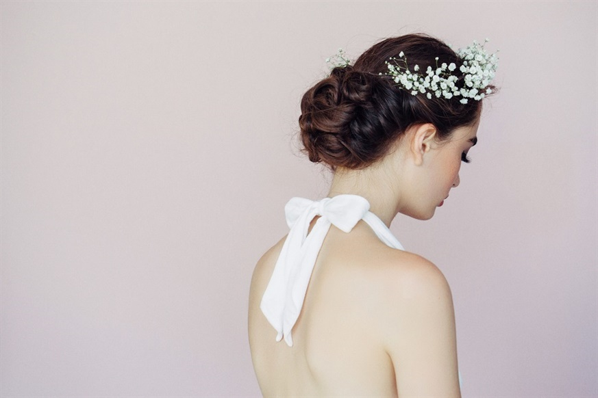 Wedding Hairstyles for Long and Braid Hair  The classic bun is among the indispensables. You can enliven it with a top buckle or crown for a little movement.