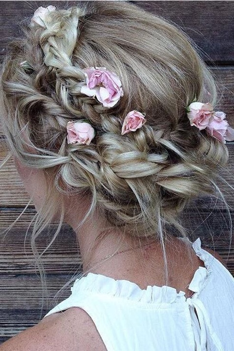 Wedding Hairstyles for Thin Hair with Flowers  If you have thin hair, you can get a beautiful look by braiding them and adding flowers between them. All you have to do is show it to your hairdresser.