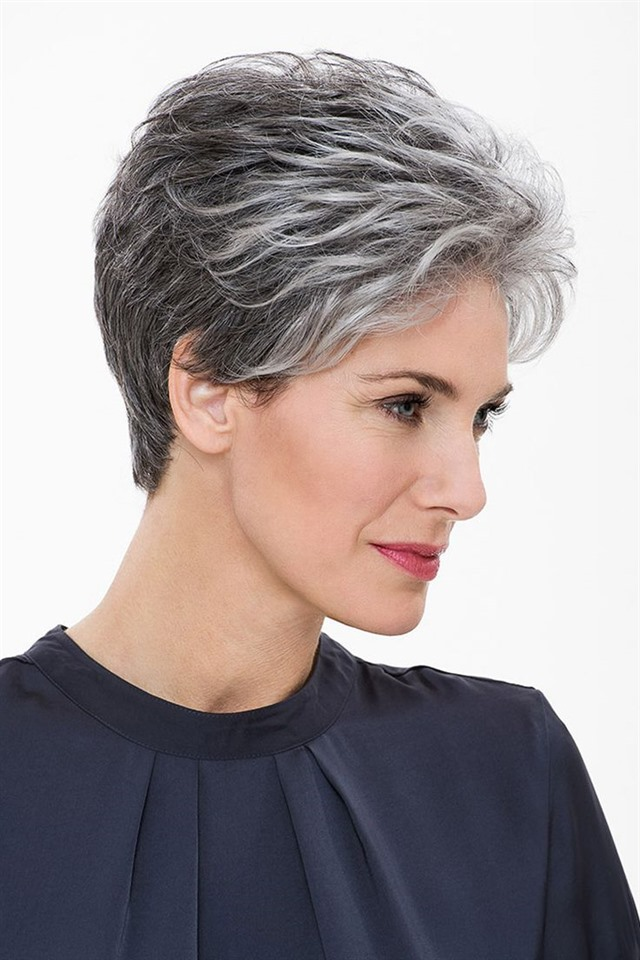 Best Short Hairstyles Over 50  Are you a mature woman bored with her hair? This hairstyle is very trendy for over 50 years old. Go to your hairdresser and get a haircut.