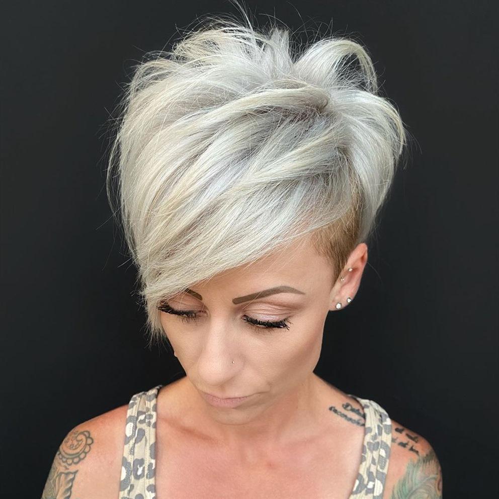 Platinum Kurz Haarschnitte Damen