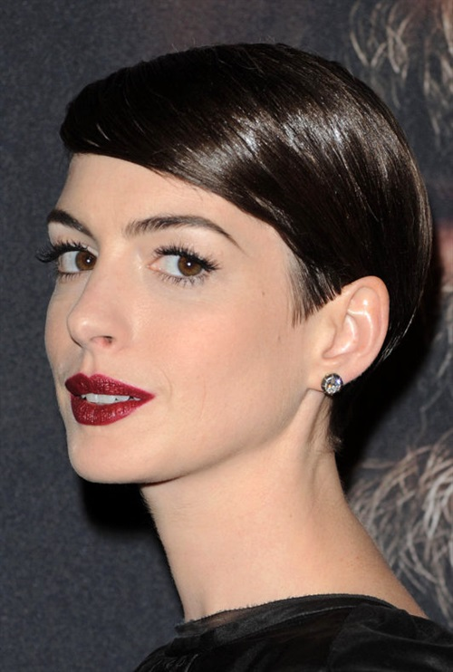 Short Hairstyles 2020 Asymmetric  Comb your hair back asymmetrically. This haircut and its use is more formal and more suitable for business woman use.