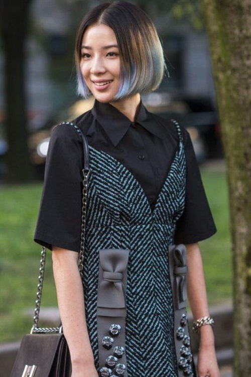 Short Hairstyles 2020 New Trends Ombre and Blue  If you want to look a little different, color your hair with ombre. In addition, the blue color will suit this model very well. Try it, see.