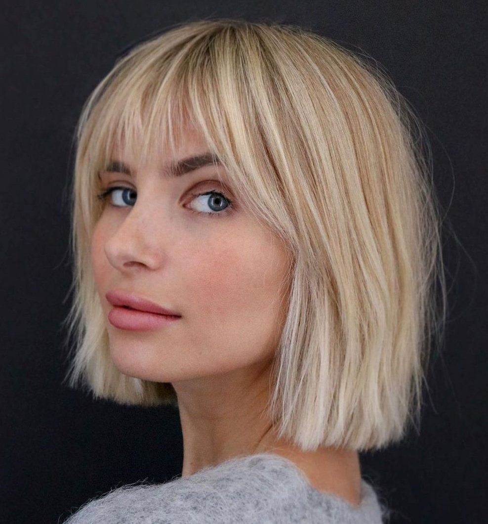 Best bob Hairstyles for Fine Hair 2020 Winter Bob's hairstyle has become a favorite hairstyle for style icons Victoria Beckham, singer Rihanna, actresses Jennifer Aniston, Scarlett Johansson, Emma Stone, Lily Collins, Gwyneth Paltrow, Kira Knightley, model Carly Kloss, TV presenter Lera Kudryavtseva and many other celebrities.