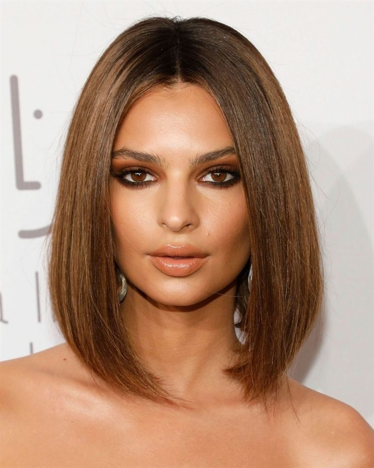 Bob Hairstyles 2020 for Fine Hair  Caramel color looks perfect for hair too. It's a straight cut bob.