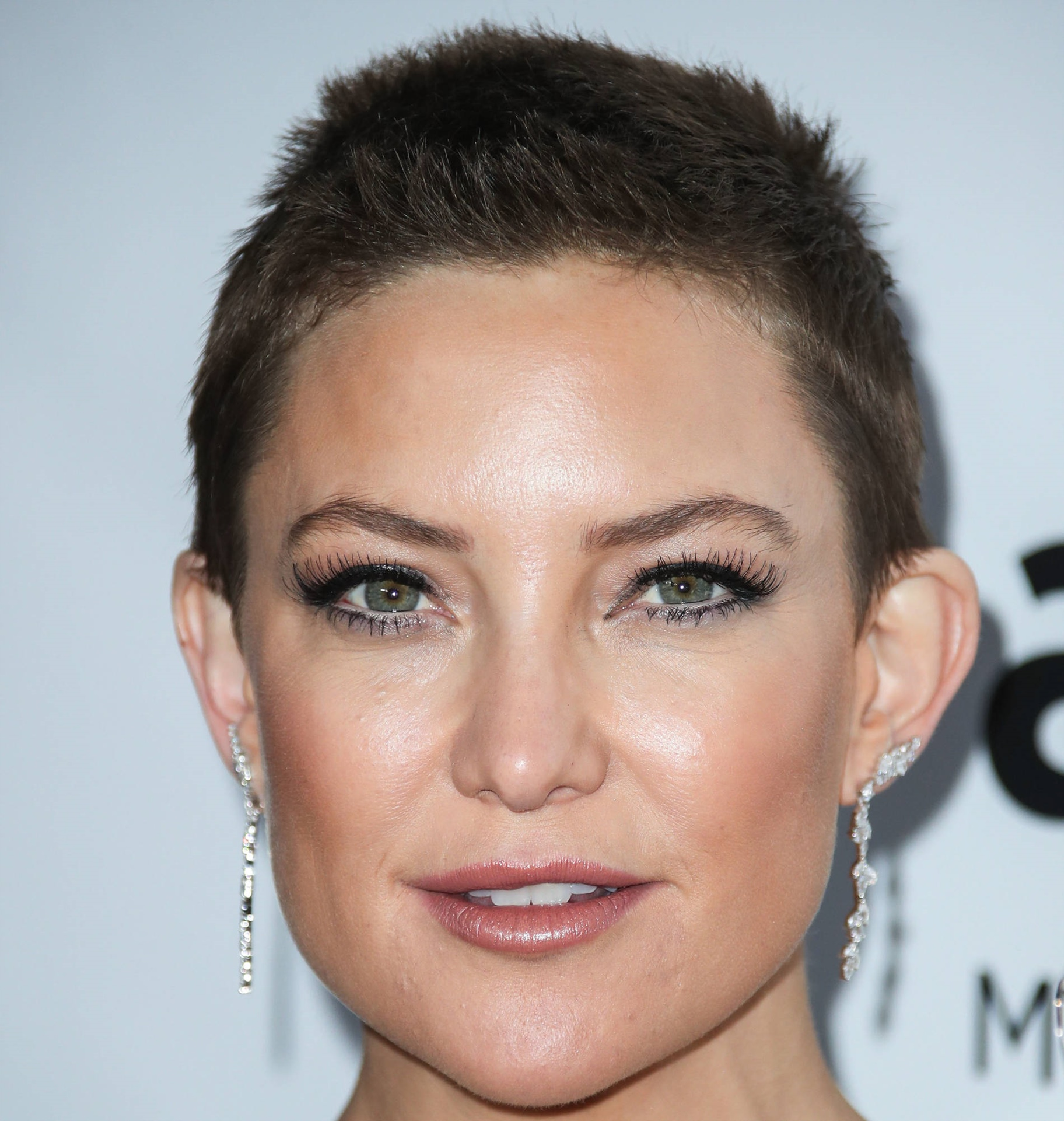 Short Hair Trends Kate Hudson  Simple and short as Kate Hudson The ultra-short look does not require much when it comes to styling and care - the only thing you need to think about to maintain the hairstyle is to visit the hairdresser at least every 4-6. week.