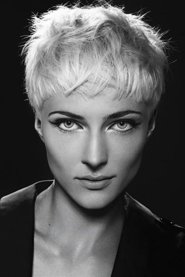 Short Haircut 2021 Pixie  Pixie models will be indispensable in 2021 as every year. If you have short hair, definitely ask your hairdresser.