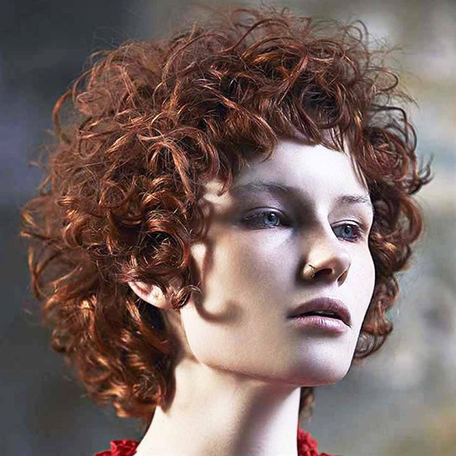 Curly Short Hair Gothic Trends 2021