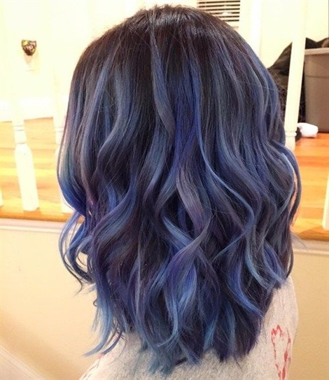 Hair Colour Ideas 2021 Deep Blue  One of the most preferred hair color for long hair is blue. Dark blue looks like two to three colors on hair compared to sunlight.