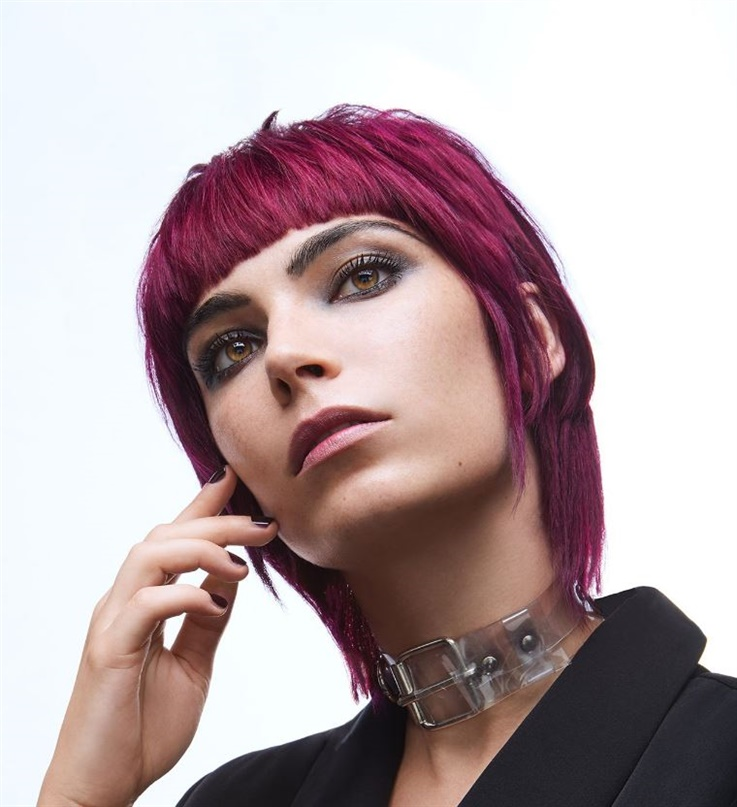 New Gothic Short Hair Style  We are here with the new gothic short hairstyle. Are you considering dyeing your hair? I think don't hesitate to try it out. Purple hair looks pretty cool and sexy.