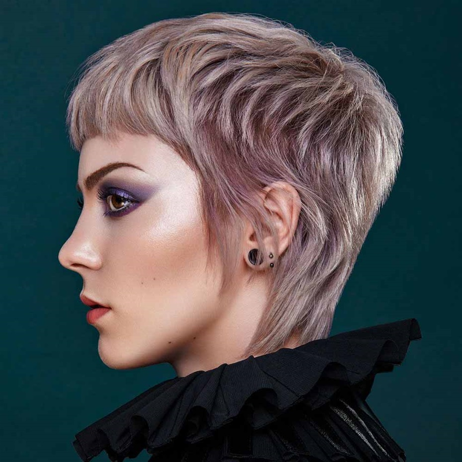 Short Hair Gothic Trends 2021 Pink And Platin